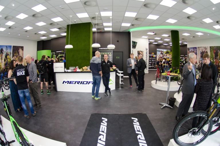 4fc527bf6ed5 Megnyílt az első hazai Merida Concept Store és E-bike teszt center  Budapesten + GALÉRIA